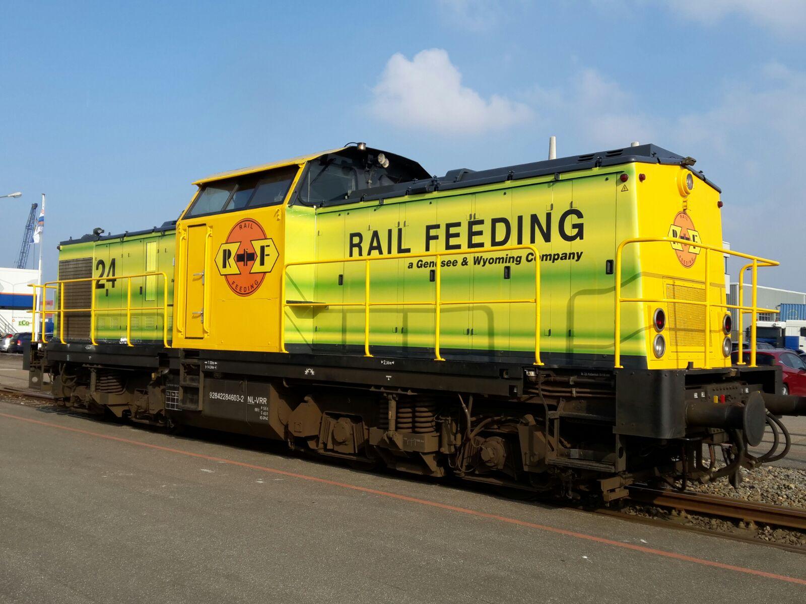 Rrf Koopt V100 Rotterdam Rail Feeding